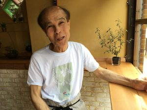 植村さん正面写真。チーズケーキを作るきっかけやtotoruの佐久間社長との出会いを語っていただきました